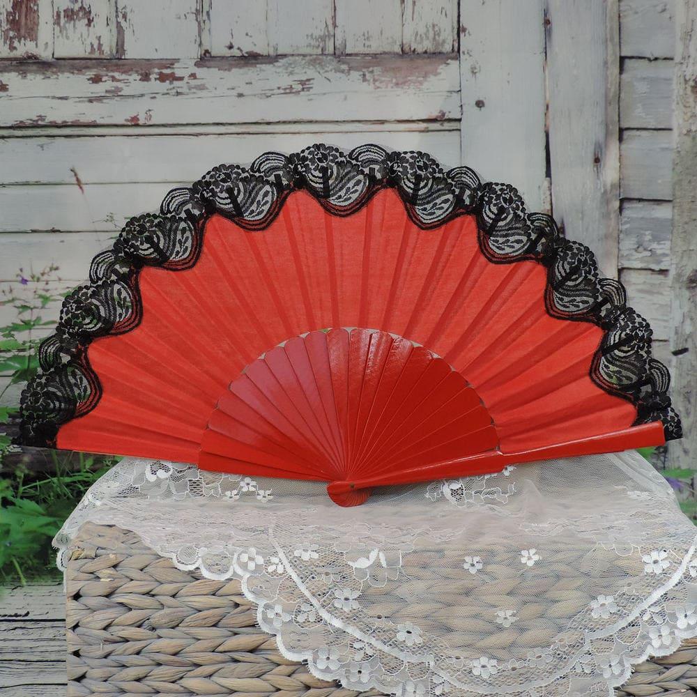 Lace trimmed pericon fan