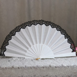 pericon fan with lace