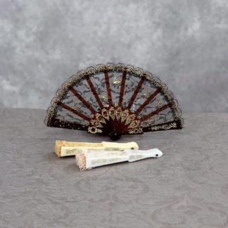 Lace mini fans