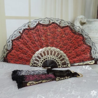 Lace overlay hand fan