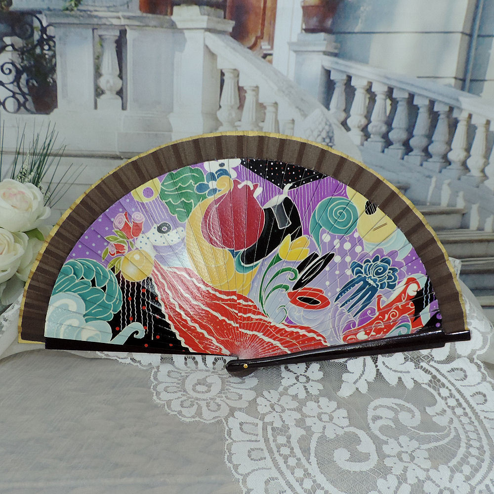 Printed wood hand fan
