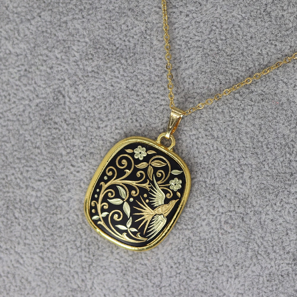rounded rectangle damascene pendant