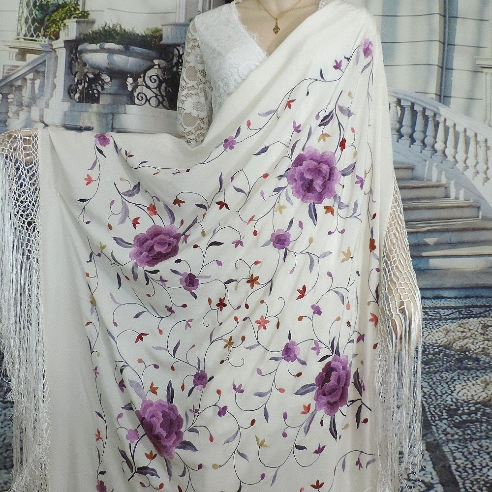 embroidered silk manton