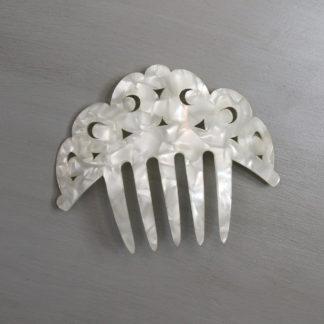 Small peineta comb