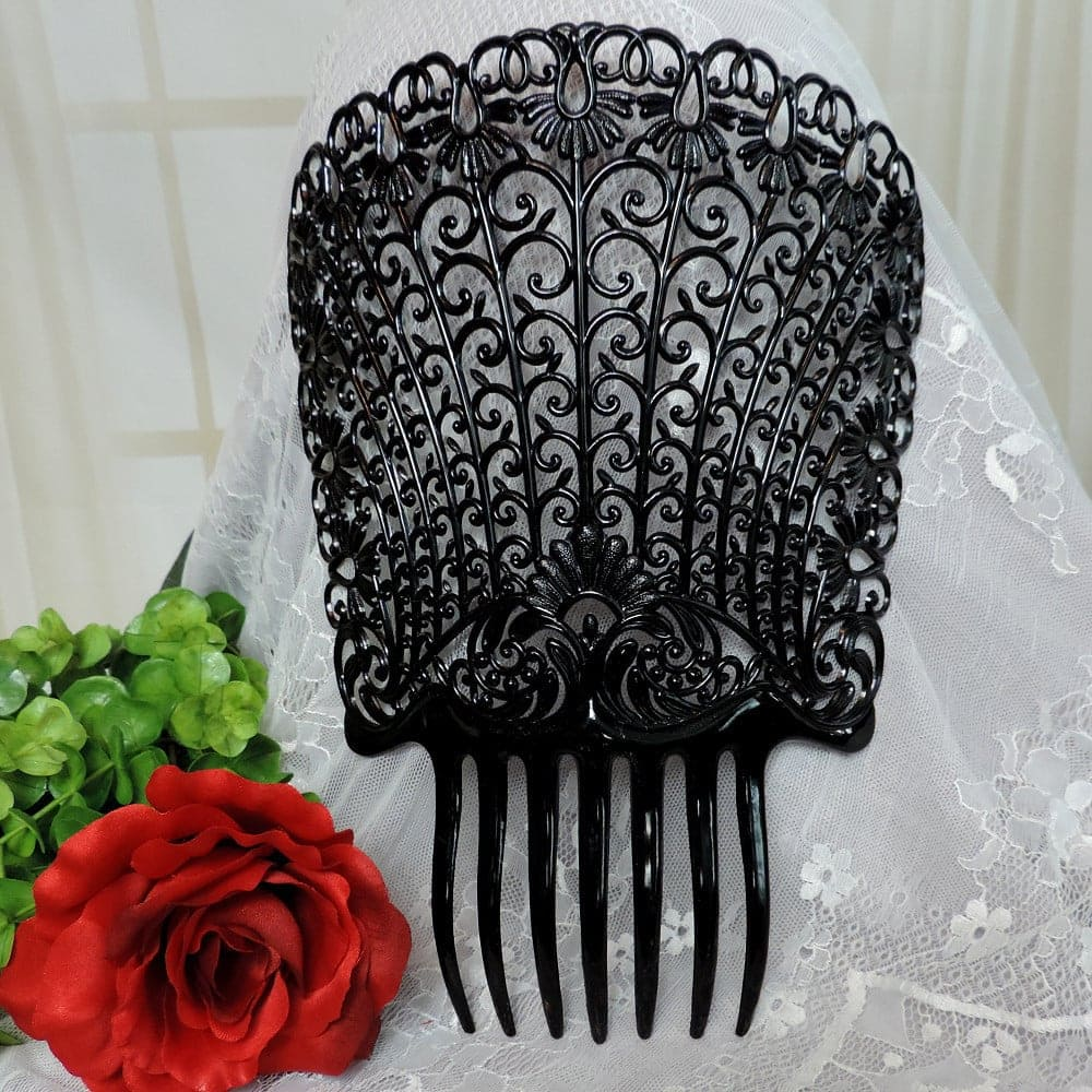 Large flamenco comb