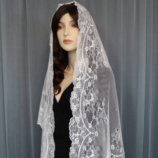 Spanish mantilla veil