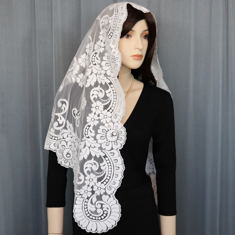 triangular veil