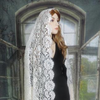 mantilla wedding veil